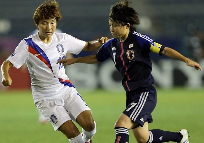 120830-U20-women-Japan-3-1-South Korea.JPG