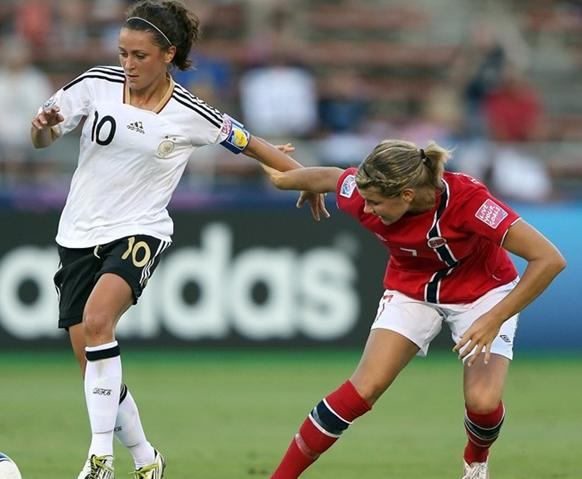 120831-U20-women-Germany-4-0-Norway.JPG