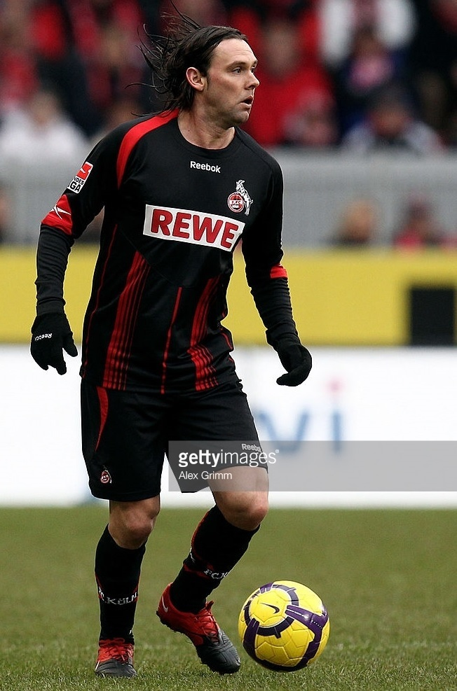 1FC-Köln-2009-10-Reebok-away-kit.jpg