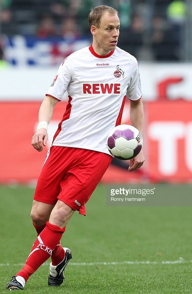 1FC-Köln-2009-10-Reebok-third-kit.jpg