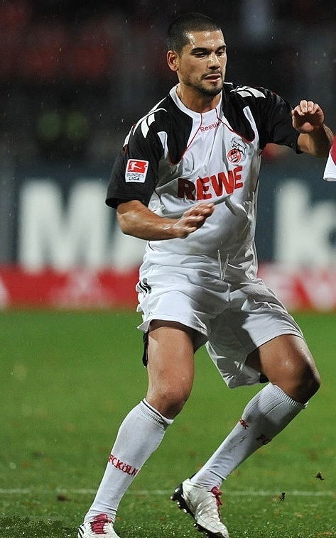 1FC-Köln-2010-11-Reebok-away-kit.jpg