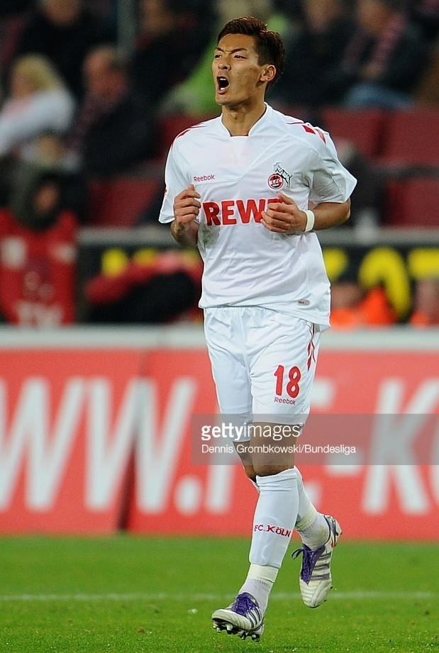 1FC-Köln-2011-12-Reebok-third-kit-槙野智章.jpg