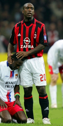 AC-Milan-2005-2006-adidas-first-kit-Clarence-Seedorf.jpg