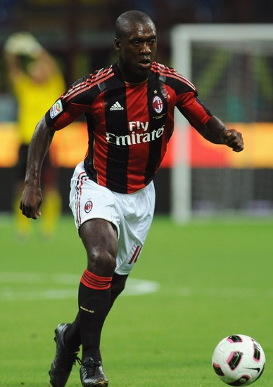AC-Milan-2010-2011-adidas-first-kit-Clarence-Seedorf.jpg