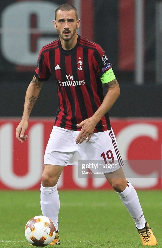 AC-Milan-2017-18-adidas-home-kit.jpg