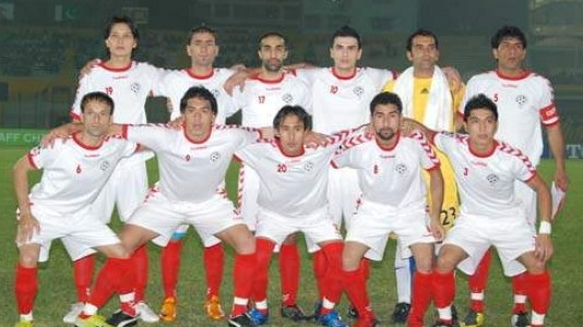 Afghanistan-10-11-hummel-white-white-red-line-up.jpg
