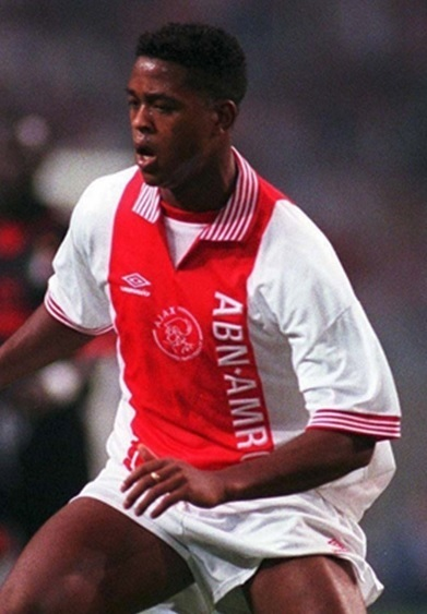 Ajax-1996-97-UMBRO-home-kit-Patrick-Kluivert.jpg