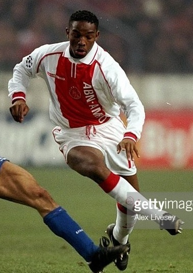 Ajax-1998-99-UMBRO-home-kit.jpg