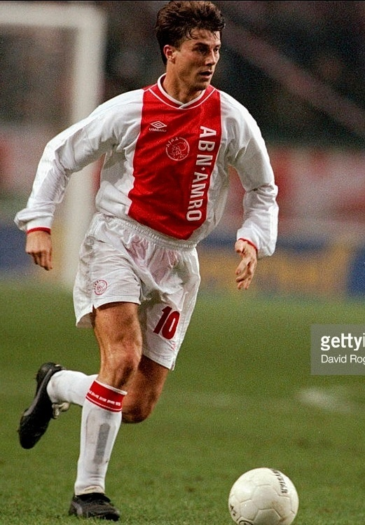 Ajax-1999-2000-UMBRO-home-kit-Brian-Laudrup.jpg
