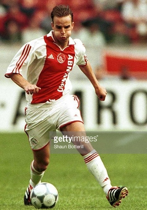 Ajax-2000-01-adidas-home-kit.jpg
