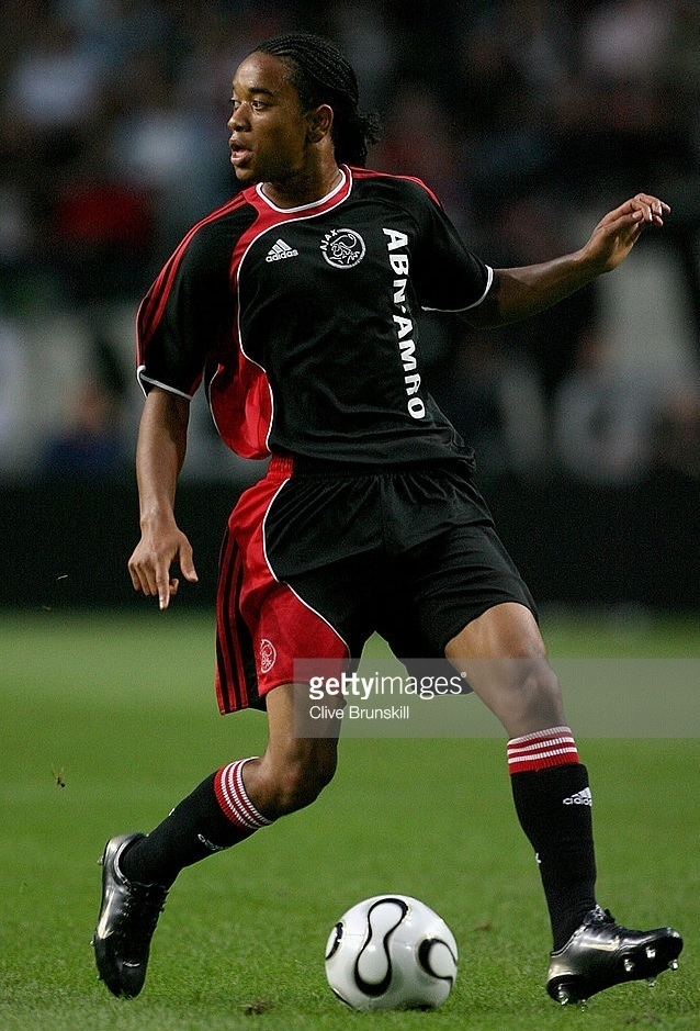 Ajax-2006-07-adidas-away-kit.jpg