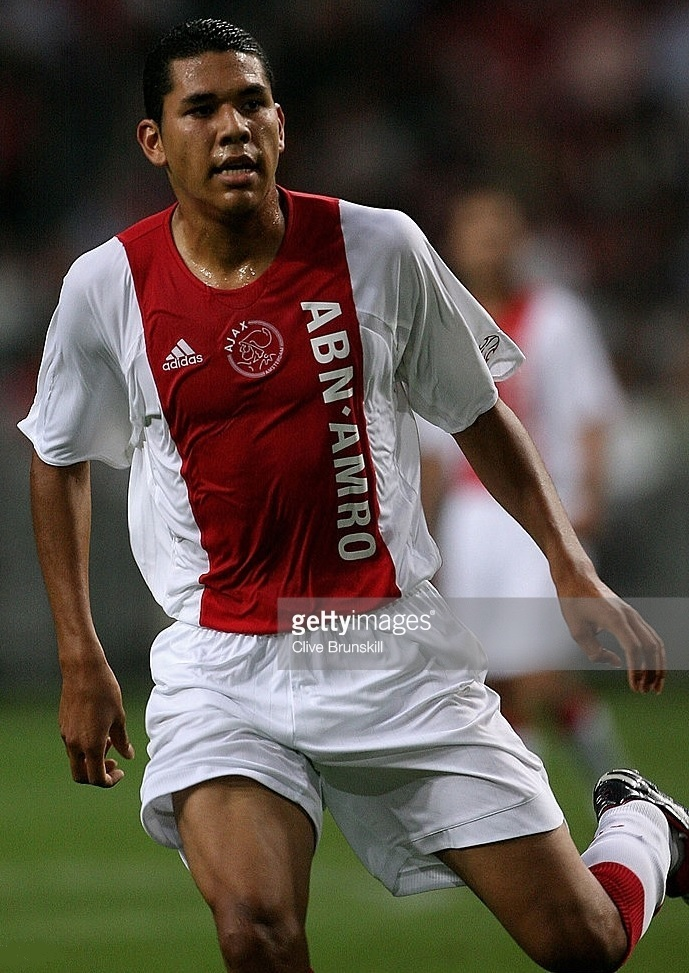Ajax-2006-07-adidas-home-kit.jpg