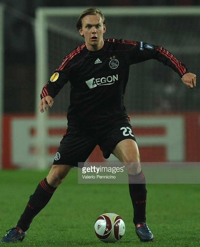 Ajax-2009-10-adidas-away-kit.jpg