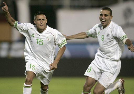 Algeria-07-08-Le coq-uniform-white-white-white-joy.JPG