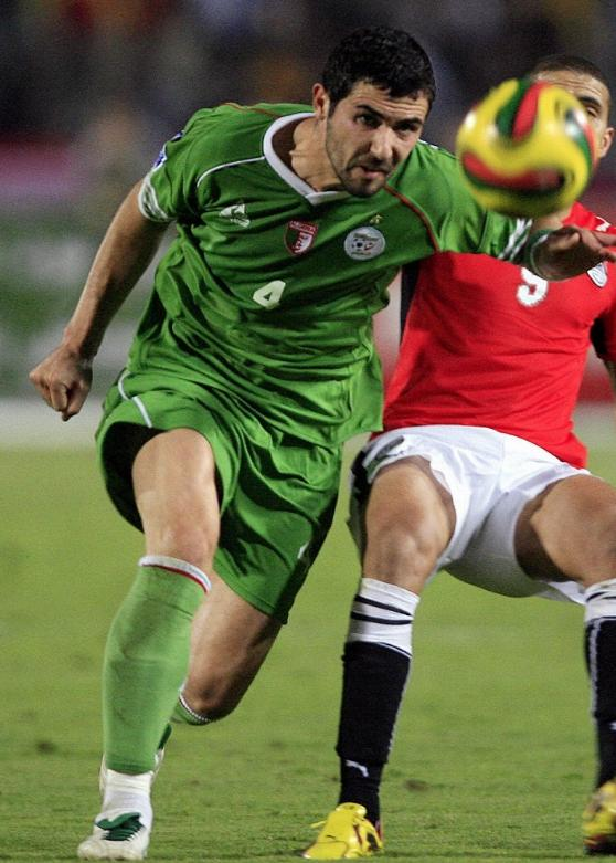 Algeria-09-Le coq-away-uniform-green-green-green.JPG