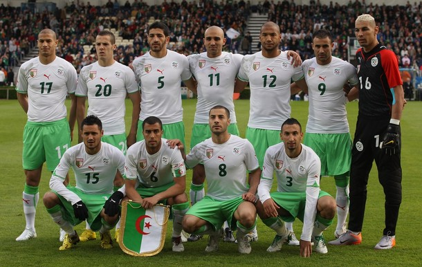 Algeria-10-11-PUMA-home-kit-white-green-white-pose.jpg