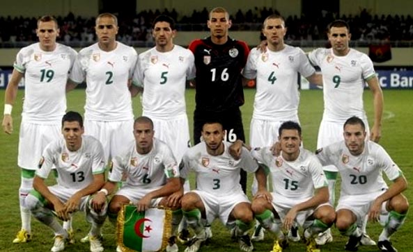 Algeria-10-11-PUMA-home-kit-white-white-white-pose.JPG