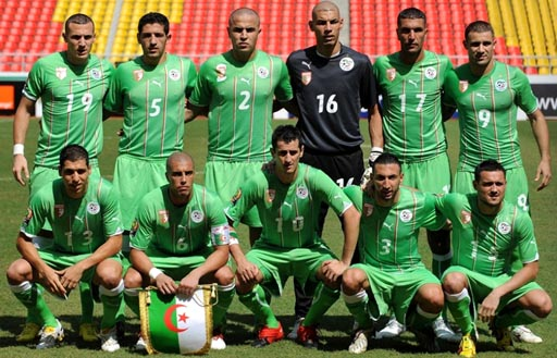 Algeria-10-11-PUMA-uniform-green-green-green-group.JPG