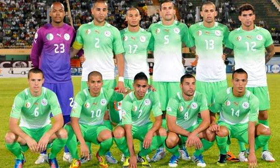 Algeria-12-PUMA-away-kit-green-green-green-line-up.jpg