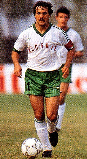 Algeria-94-95-adidas-away-kit-white-green-white.JPG