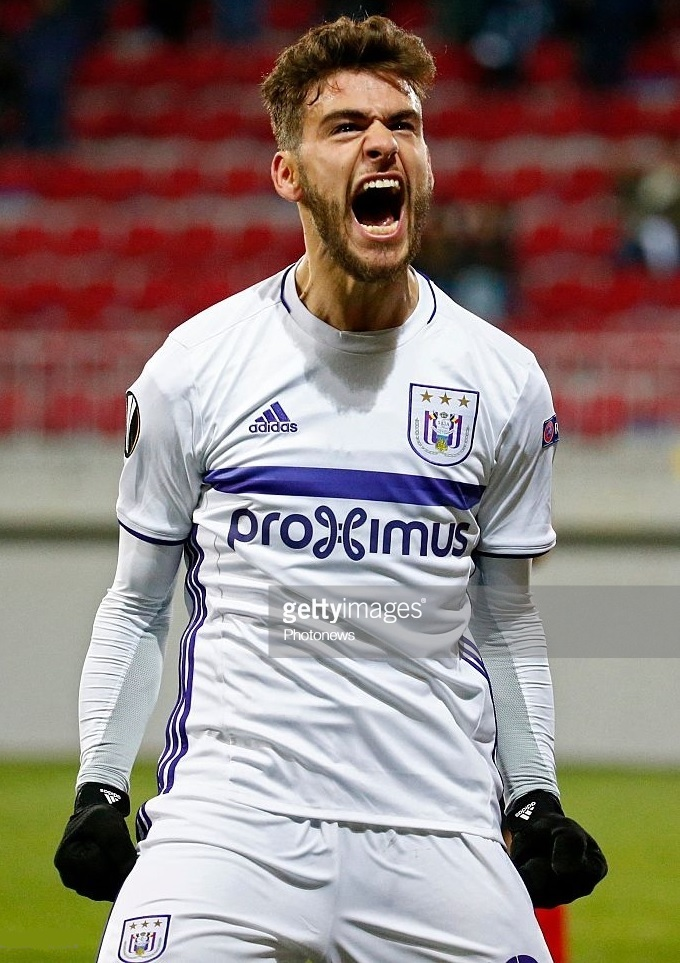 Anderlecht-2016-17-adidas-second-kit-Massimo-Bruno.jpg