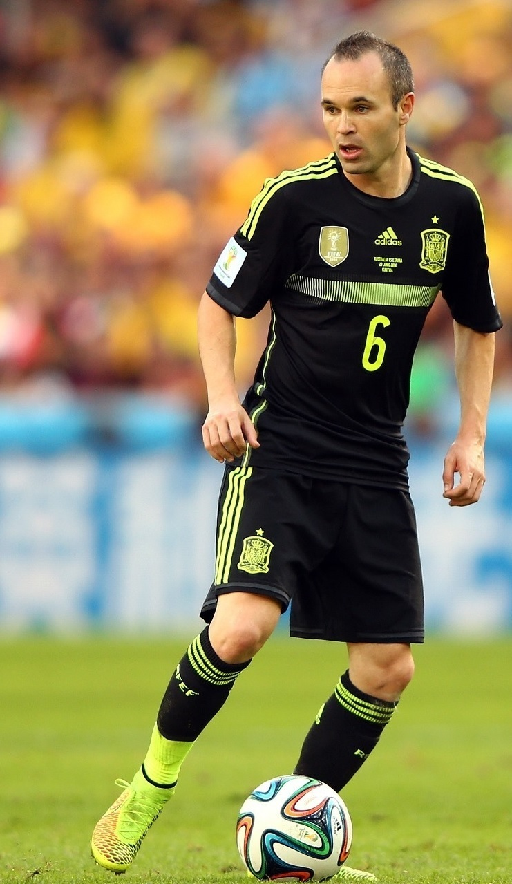 Andres-Iniesta-2014-adidas-world-cup-away-kit.jpg