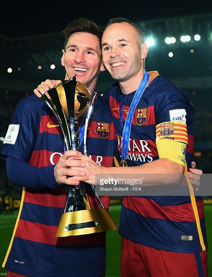 Andres-Iniesta-2015-16-Barcelona-NIKE-home-kit-with-Messi.jpg
