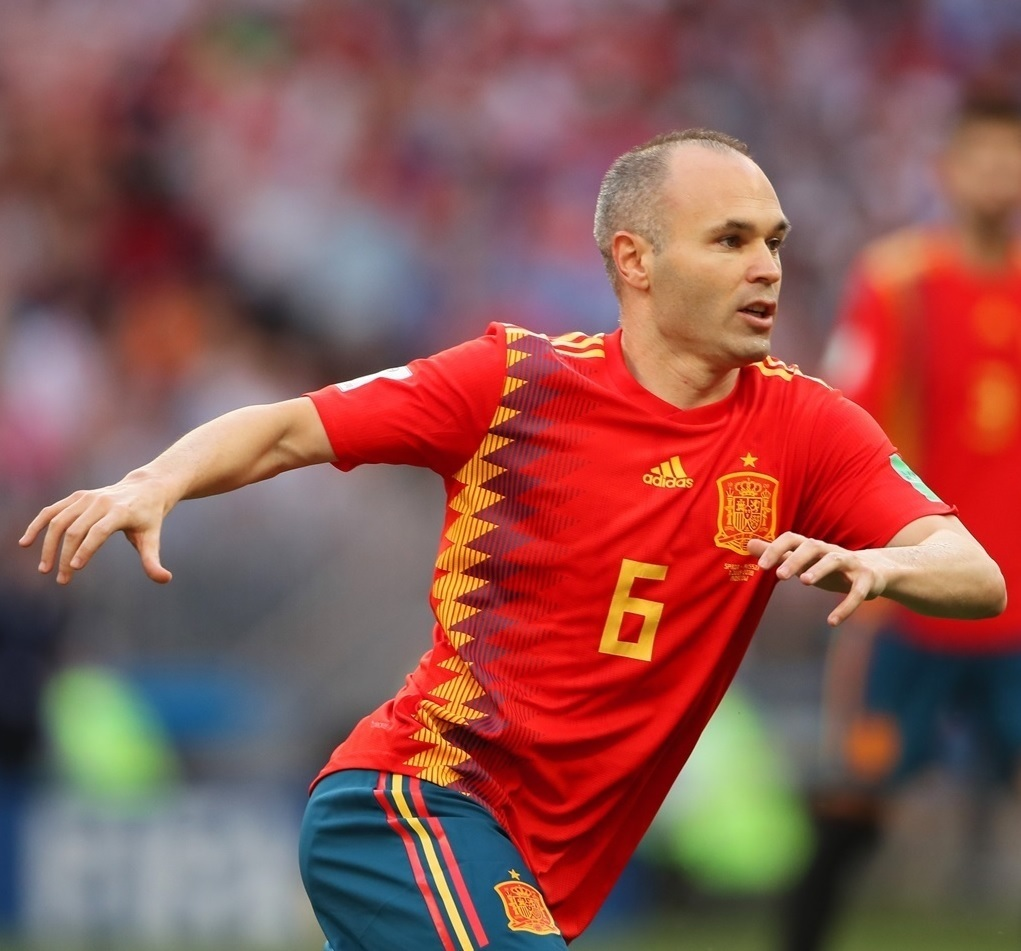 Andres-Iniesta-2018-adidas-world-cup-home-kit.jpg