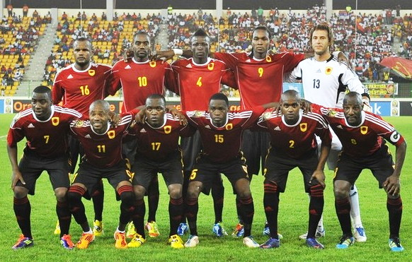 Angola-12-adidas-home-kit-red-black-black-line-up.jpg