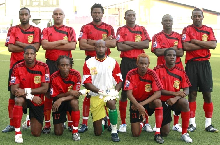 Antigua&Barbuda-08-adidas-away-kit-red-black-red-line-up.JPG
