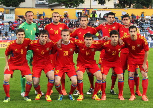 Armenia-12-13-adidasl-home-kit-red-red-red-line-up.jpg