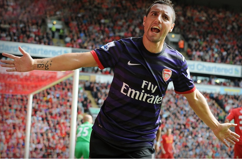 Arsenal-13-14-NIKE-third-kit-violet-black-violet-Santi-Cazorla.jpg