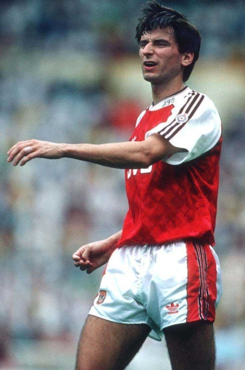 Arsenal-1991-92-adidas-home-kit.jpg