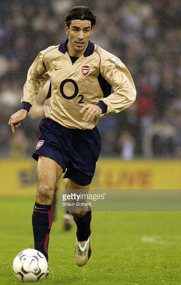 Arsenal-2002-03-NIKE-third-kit.jpg