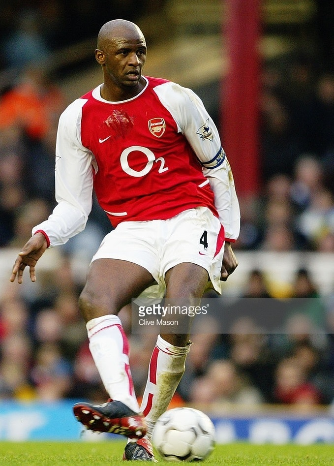 Arsenal-2003-04-NIKE-home-kit.jpg
