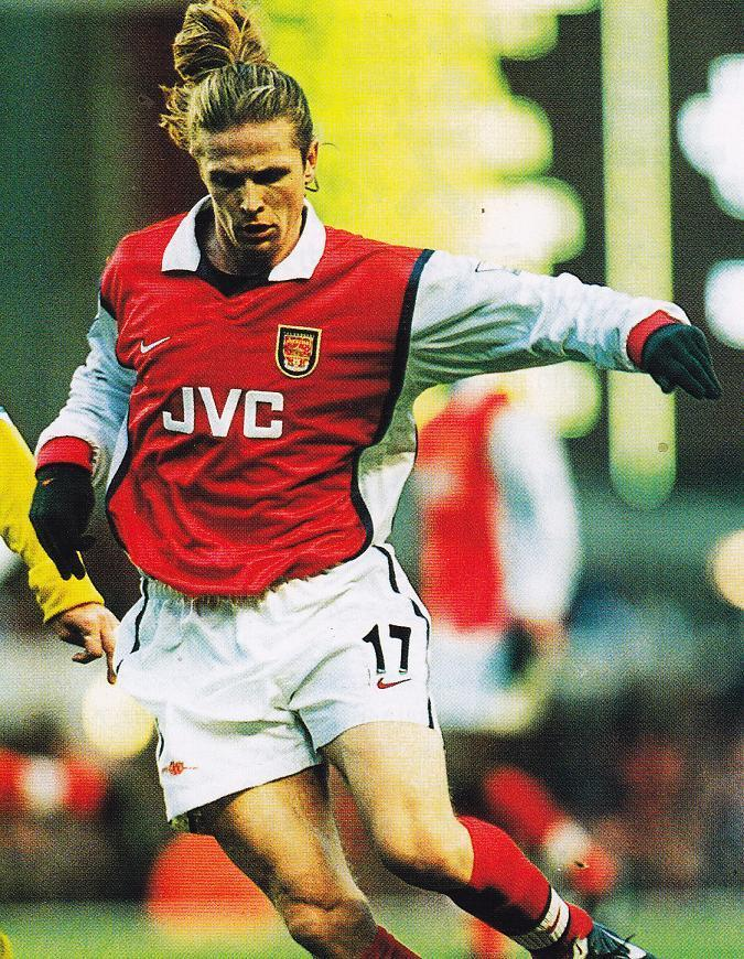 Arsenal-98-99-NIKE-first-kit-Emmanuel-Petit.jpg