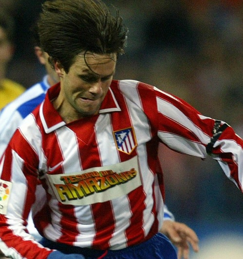 Atletico-Madrid-03-04-NIKE-home-kit-stripe-blue-red-AMAZONAS-Rodrigo-Fabri.jpg