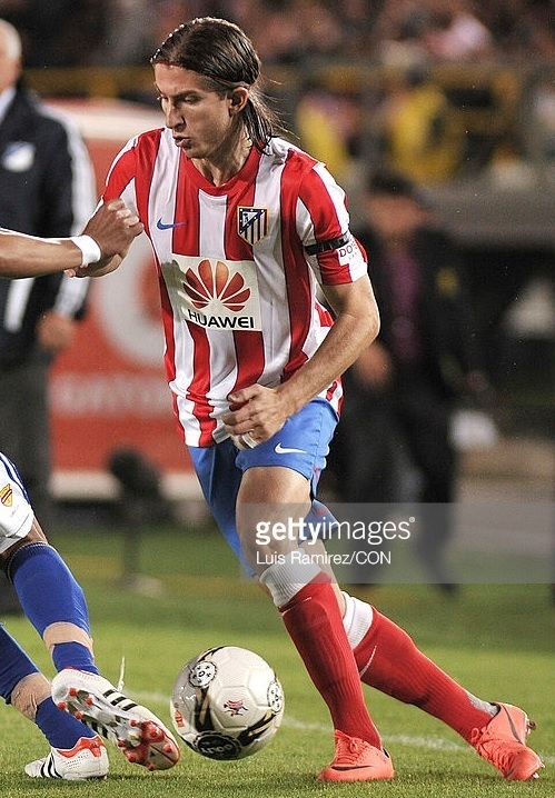 Atletico-Madrid-11-12-NIKE-home-kit-stripe-blue-red-HUAWEI.jpg