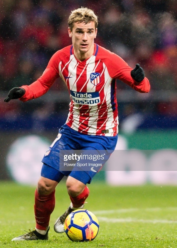 Atletico-Madrid-2017-18-NIKE-home-kit-Antoine-Griezmann.jpg