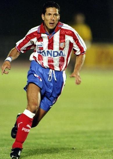 Atletico-Madrid-96-97-PUMA-home-kit-stripe-blue-red-Diego-Simeone-2.jpg