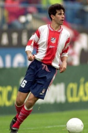 Atletico-Madrid-99-00-Reebok-home-kit-stripe-navy-red.jpg