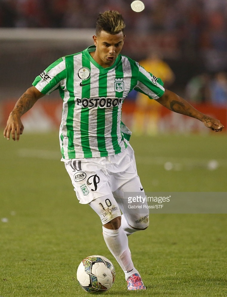 Atletico-Nacional-2014-NIKE-home-kit.jpg
