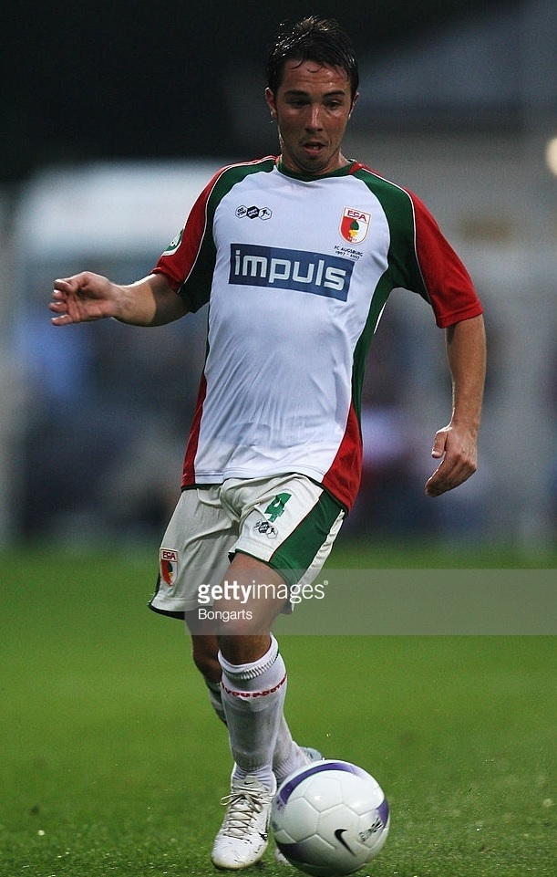Augsburg-07-08-DO-YOU-FOOTBALL-home-kit-Benjamin-Kern.jpg