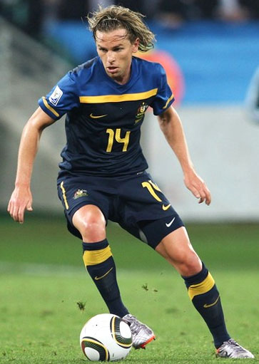 Australia-10-11-NIKE-world cup-away-kit-navy-navy-navy.JPG