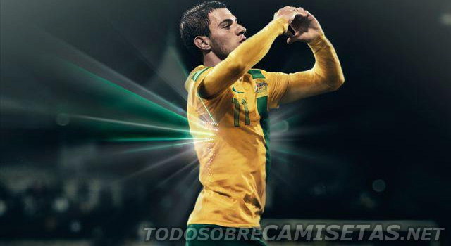 Australia-12-13-NIKE-new-home-kit-1.jpg
