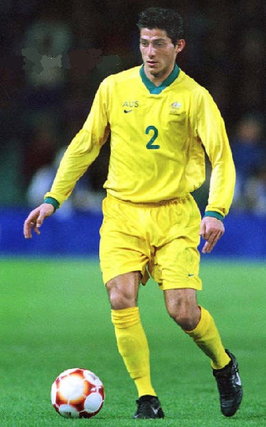Australia-2000-NIKE-olympic-home-kit-yellow-yellow-yellow.jpg