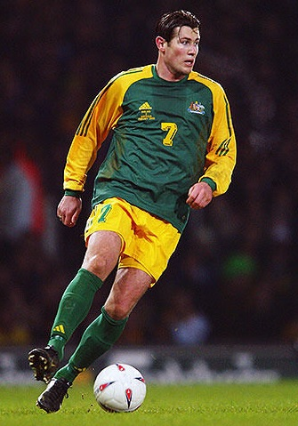 Australia-2003-home-kit-green-yellow-green.jpg