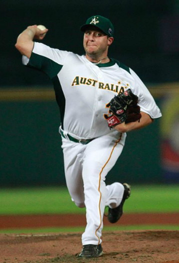Australia-2013-WBC-home-uniform.jpg