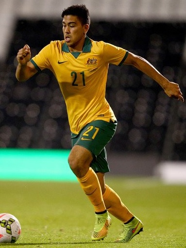 Australia-2014-NIKE-home-kit-yellow-green-yellow.jpg