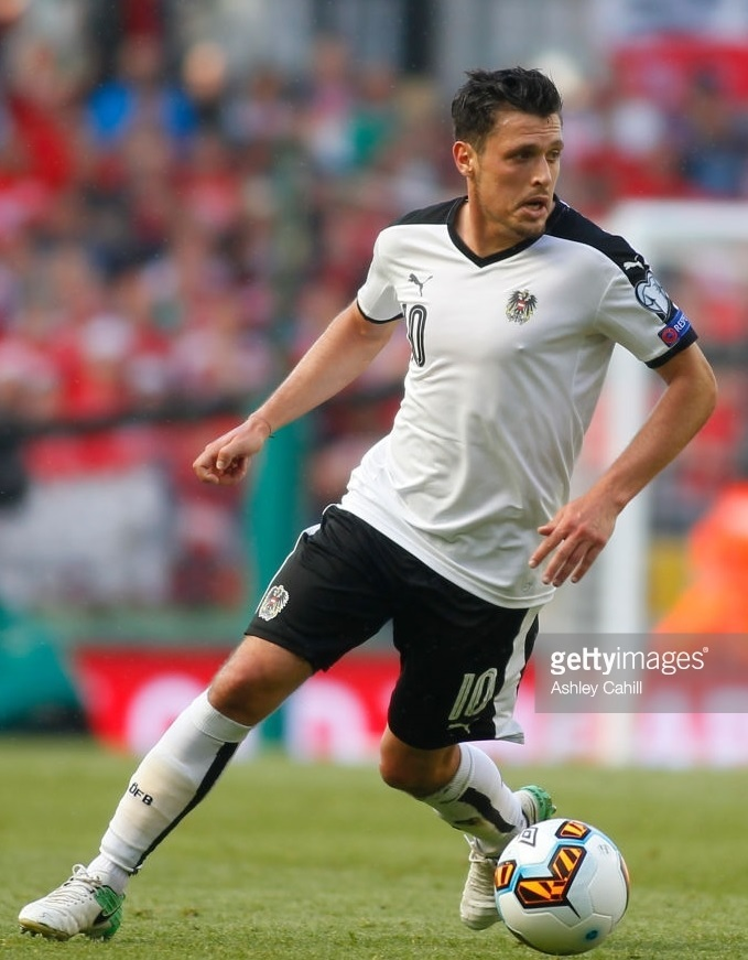 Austria-2016-17-PUMA-away-kit-white-black-white.jpg